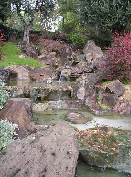 ruscello in giardino il giardino giapponese un universo in miniatura