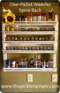 spice rack with spices best 25 pallet spice rack ideas on pallet