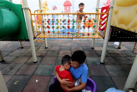 Pant Anak Anak Laki Perempuan ini yang bisa dilakukan ortu saat anak divonis autisme republika