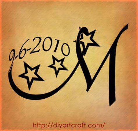 letter m tattoo maiuscola m con stelle e data di nascita tat city