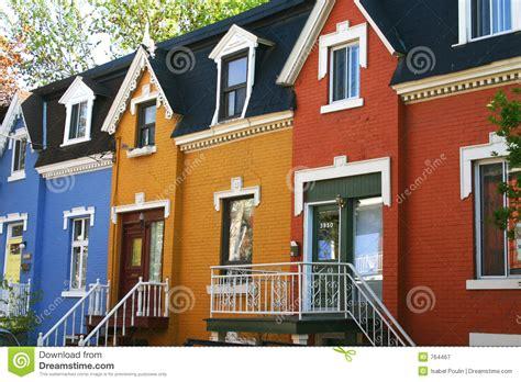 imagenes de casas urbanas casas urbanas coloridas fotograf 237 a de archivo libre de