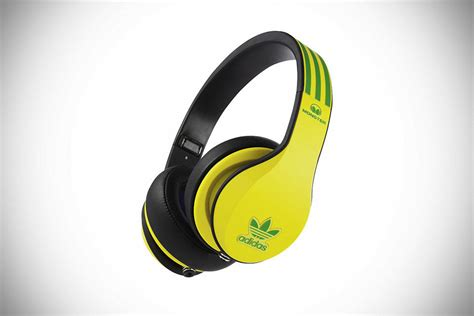 Headset Adidas Original adidas teams up with to create limited edition headphones mikeshouts