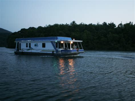 pontoon boat rental raystown lake lake raystown resort is pennsylvania s most secluded