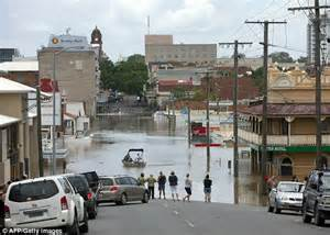 Used Cars Brisbane St Ipswich Australia Floods Toll Reaches 22 As Water In