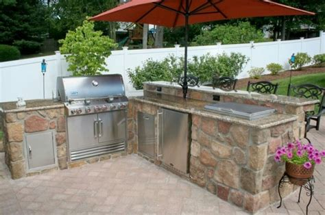 cool outdoor barbeque areas digsdigs