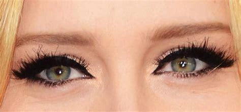 tutorial eyeliner matita occhi infossati consigli e tecniche di makeup per