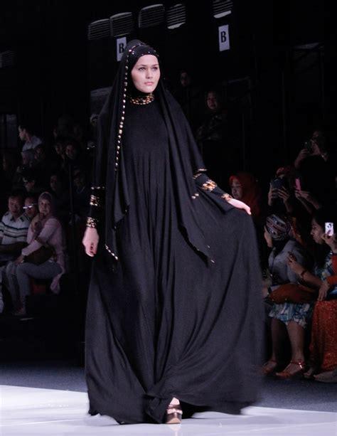 Jilbab Ida Royani I Series jakarta fashion week