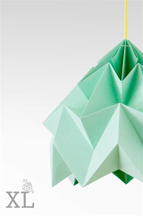 Moth XL gevouwen papieren origami lamp : Papieren origami ... A-paper