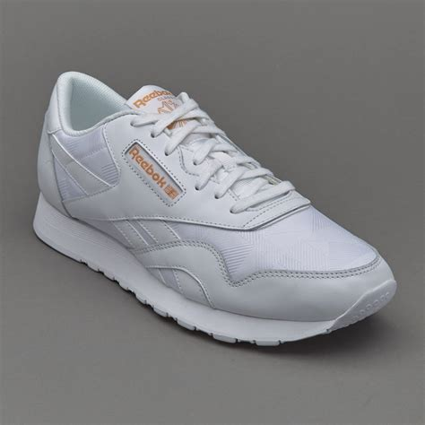 Harga Sepatu Lari Merk Reebok sepatu sneakers reebok cl arch white