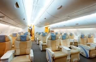 emirates airbus a380 800 seating