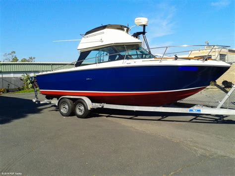 sea ray boats with flybridge 1975 used sea ray 24 srv flybridge sports fishing boat for