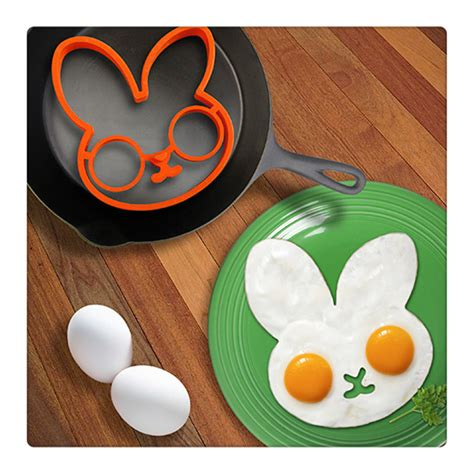 Egg Pancake Rings Clown Shape Pencetak Telur 1 Egg Pancake Rings Rabbit Shape Pencetak Telur Orange