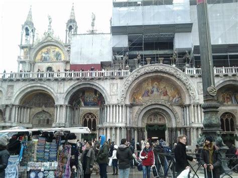 ingresso basilica san marco i cavalli foto di basilica di san marco venezia