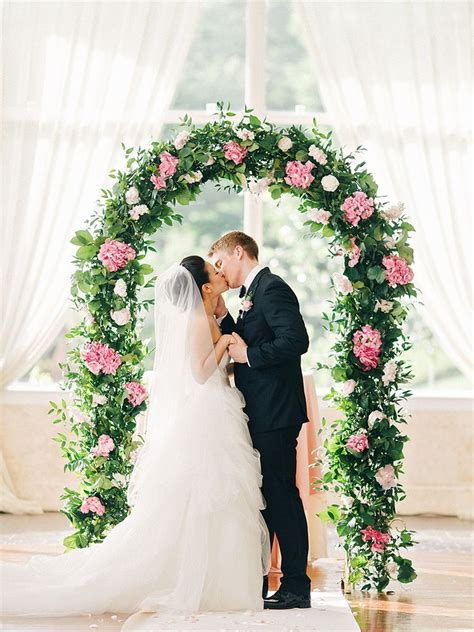 Wedding Arch Indoor by 17 Creative Indoor Wedding Arch Ideas