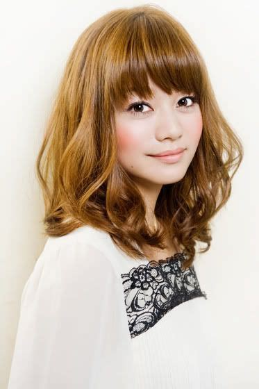 kpop curl perm middle hair shoulder length bangs and shoulder length hair on pinterest