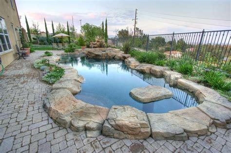 pavimento piscina pavimentazioni per piscine pavimenti per esterni