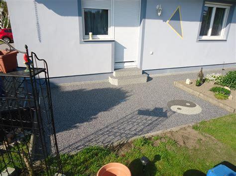 ying yang terrasse lust auf einen kreativen bodenbelag steinteppich