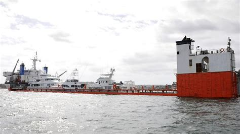 mission marine boats marine mission triggers false alarm over boat seen sinking
