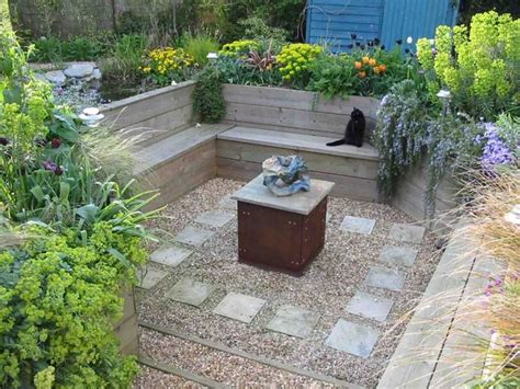 sunken backyard pit 25 best ideas about sunken garden on sunken