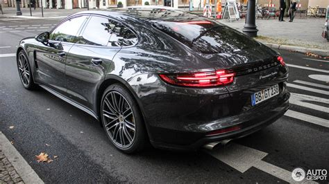 porsche panamera turbo 2017 2017 porsche panamera turbo looks dynamic on the street
