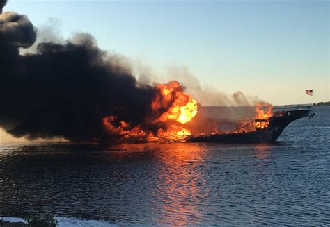 casino boat chicago woman dies after florida casino boat is engulfed by flames