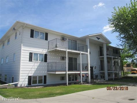 2 bedroom apartments grand forks nd 2904 s 17th st grand forks nd 58201 rentals grand forks