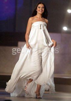 Maxi Miyako Pink miss universe 2002 oxana fedorova russia wearing gucci