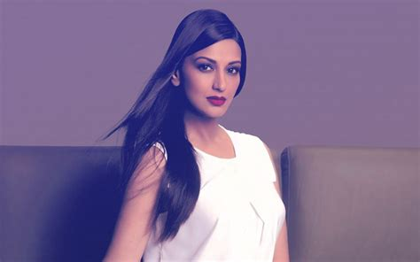 bollywood actress suffering cancer sonali bendre diagnosed with cancer rushes to new york
