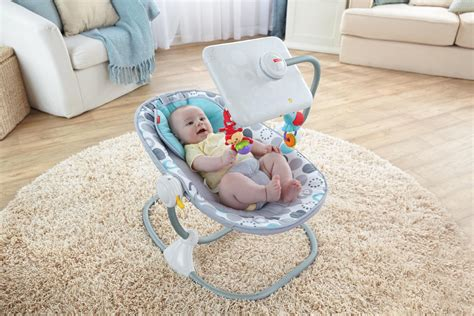 bebe siege un si 232 ge b 233 b 233 fisher price avec d 233 rive ou 233 volution