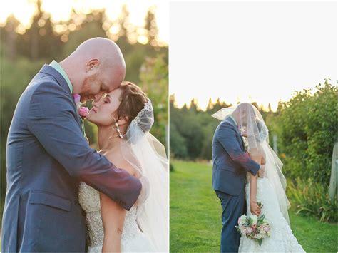 mt hood bed and breakfast seattle wedding photographers lloyd photographersamanda