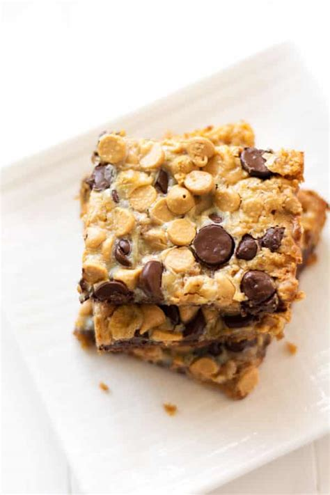 peanut butter bars with chocolate chips melted on top chocolate peanut butter magic bars kitchen gidget