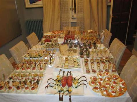 tavoli per buffet cena a buffet tante ricette per i tuoi ospiti foto