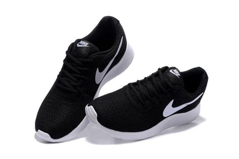 womens nike running shoes clearance s nike tanjun black white running shoes outlet