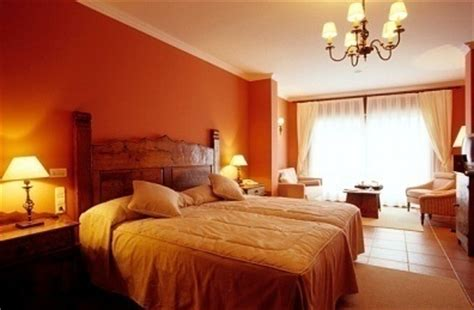 Cheap Hotel Rooms by Cheap Hotel Rooms