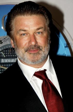 Alec Baldwin Apologizes Of by Alec Baldwin S Out Apology To American Airlines
