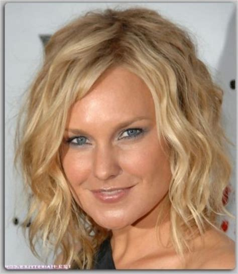 1980s short wavy hairstyles 1980s wavy hairstyles hairstyles for wavy short hair