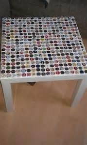 tisch mit kronkorken 220 ber 1 000 ideen zu kronkorken auf