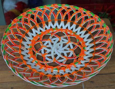 Keranjang Buah Dari Plastik 10 kerajinan dari gelas plastik bekas dan cara