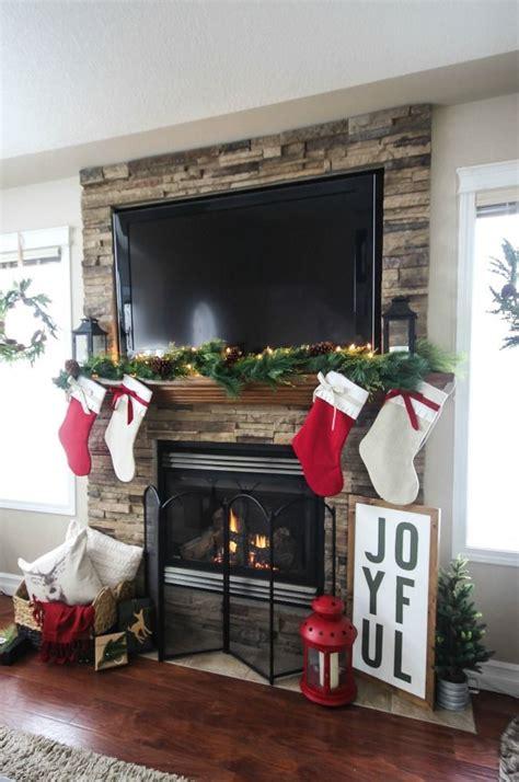 xmas decor for fireplace 35 beautiful xmas fireplace decor ideas