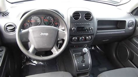2010 Jeep Patriot Silver Stock L500352 Interior