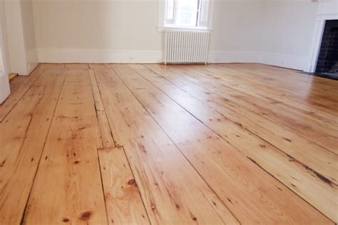 Old Wide Plank Floors & Natural Houses Flooring Picture