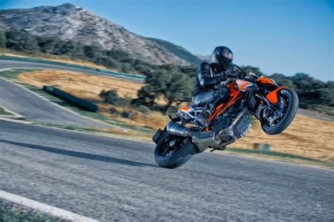 Ktm Wheelie 101813 2014 Ktm 1290 Superduke R Wheelie Motorcycle