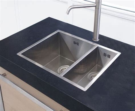 where can i buy kitchen sinks 31 best spoelbakken images on kitchen kitchen