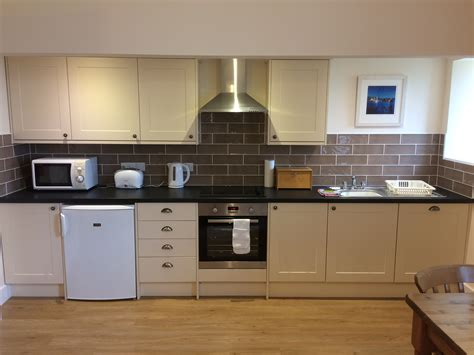 kitchens for flats new kitchen in flat 7 trevarthian house accommodation penzance trevarthian holiday homes