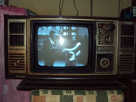 Tv Kuno fhasakinatinshop jual televisi merek national kuno jaman dulu dan antik