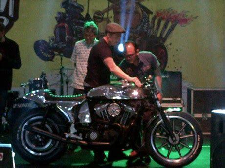 Tak Kulit Asli Harley pengunjung kustomfest 2013 berpeluang mendapatkan moge
