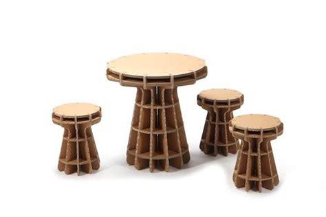 tavoli in cartone come scegliere i tavolini per bambini tavoli e tavolini