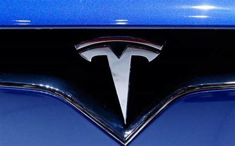 Tesla High Speed Rail Gadkari Invites Tesla To Test Run Hyperloop In Pune