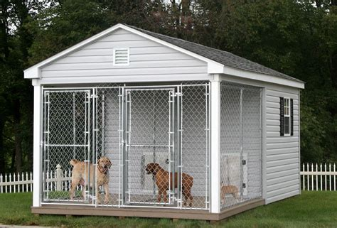 dog house and run for those days when the doogs insist on being outside 24 7 10x16 dog kennel and