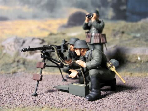 Mokit German Machine Gun Troops Infantry 1 35 german machine gun troops kit tamiya 35038 plastic